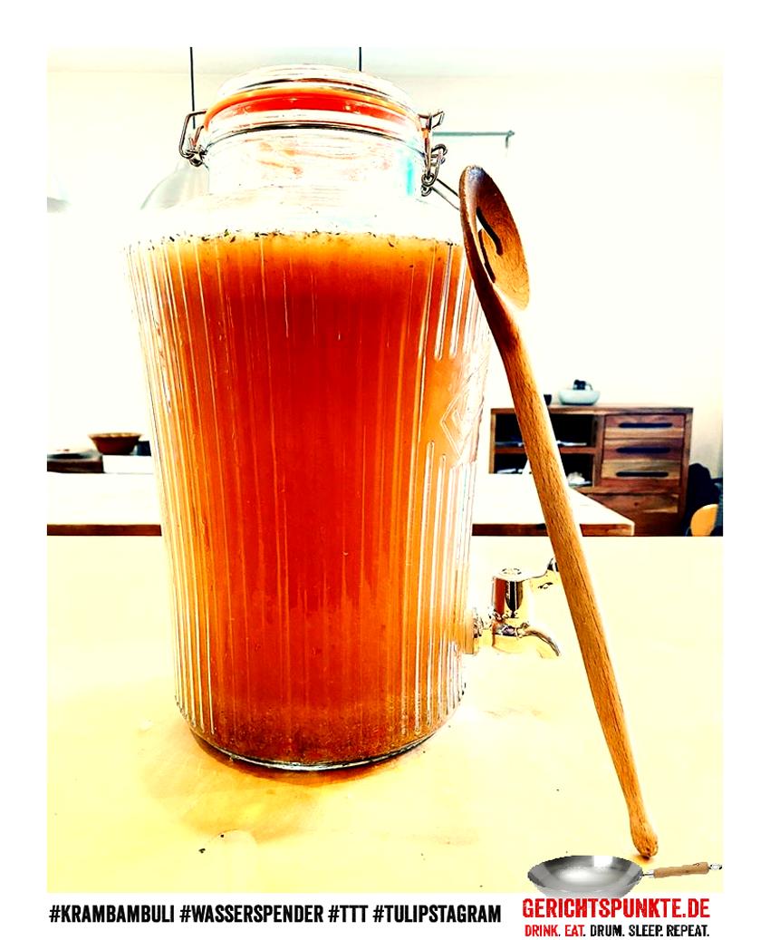 Volle Möhre. Voller Hafer. - #Krambambuli #Wasserspender #TTT #Tulipstagram